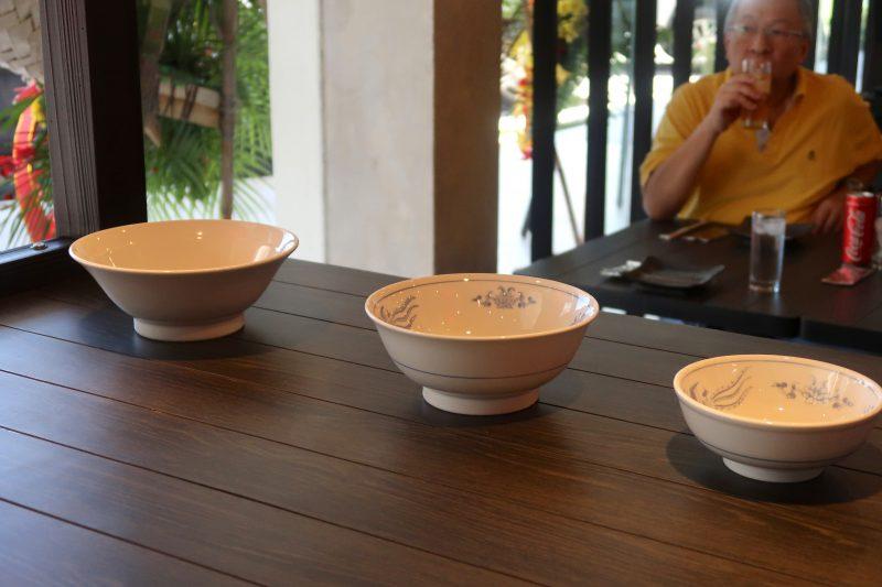 セブ島の三ツ矢堂製麺の店内