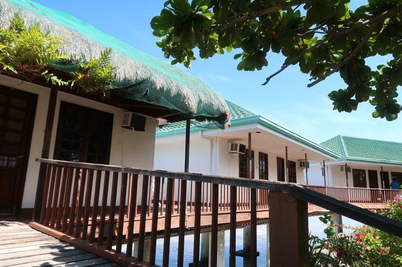 ナルスアン島の宿泊施設