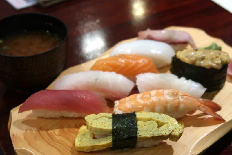 セブ島ITパークの知暮里(ちぼり)の寿司