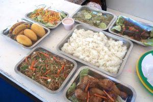 充実のフィリピン料理ランチ