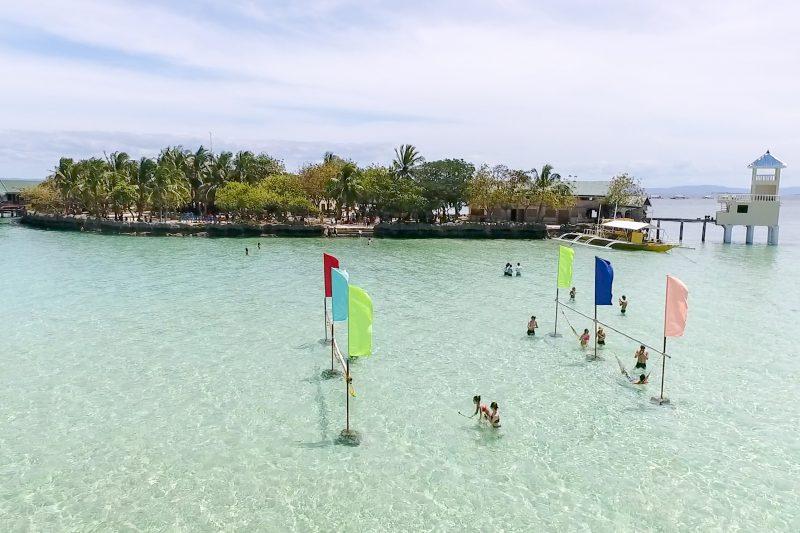 ナルスアン島のビーチ