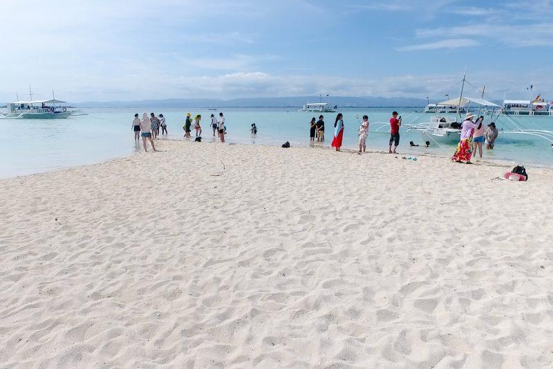 カオハガン島のビーチ